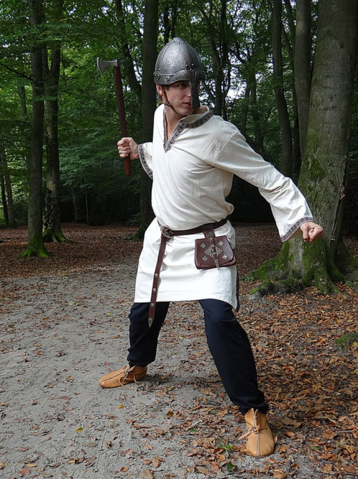 Mittelalter-Wikinger Tunika in Natur