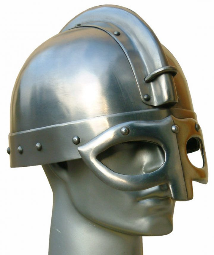 Viking helm ``Gjermundbu``