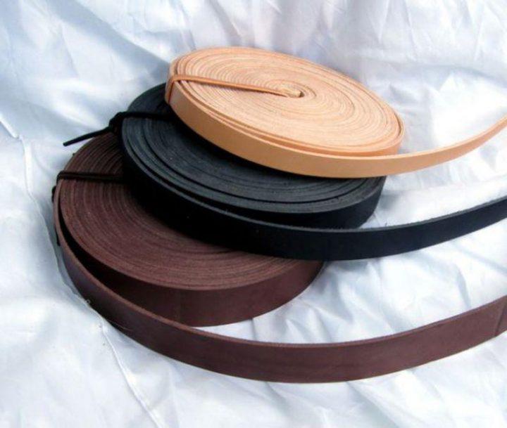 Lederen riem per meter, 1.5 cm breed zwart.