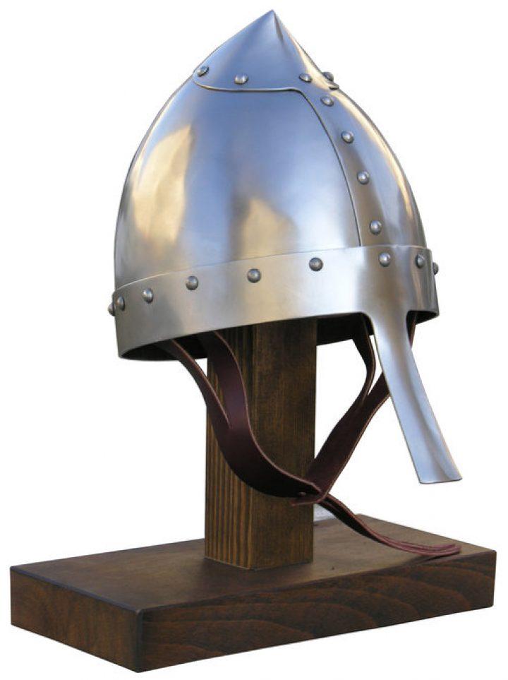 Konischer Helm, 12. Jahrhundert