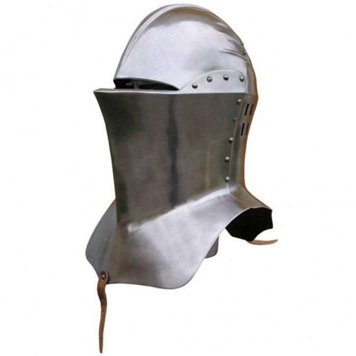 Toernooi Helm- Kikkerbekhelm 14e eeuws