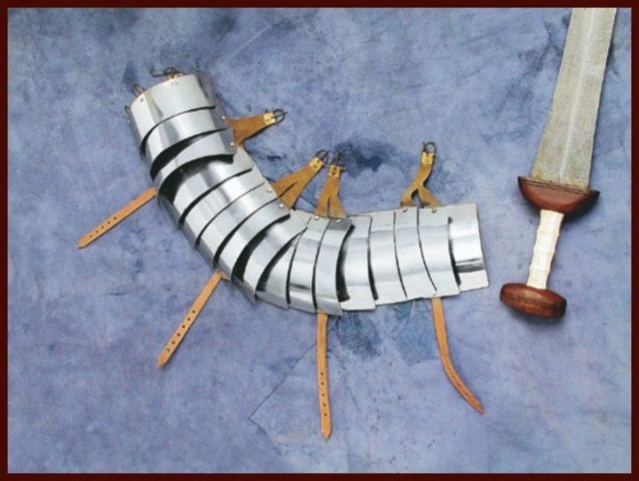 Lorica Segmentata - Armbeplating