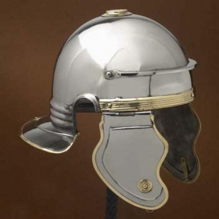 Italic `B`(Bucharest) Helm