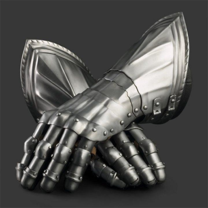 Pantserhandschoenen 1450-1500