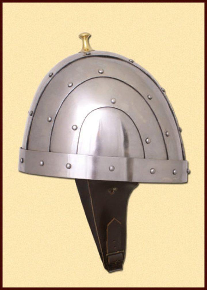 Byzantinischer Helm 10Jh. in S und M.