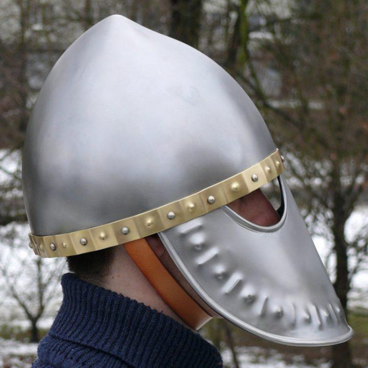Italo-Normandische helm
