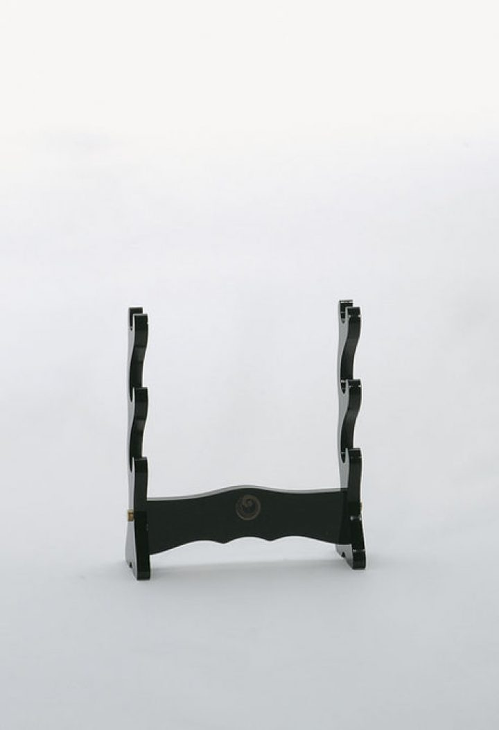 Table stand for three Samurai swords HS-63980