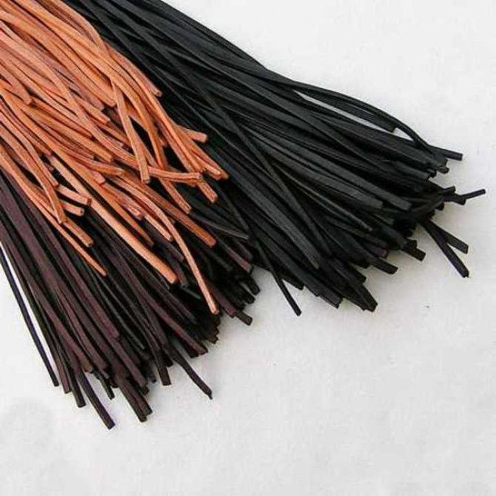 Leren Koorden a 100 cm - 4 x 2 mm in Zwart