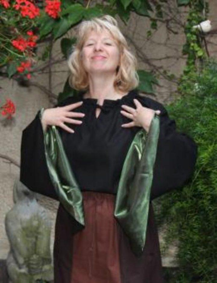Middeleeuwse Dames Blouse zwart met groen