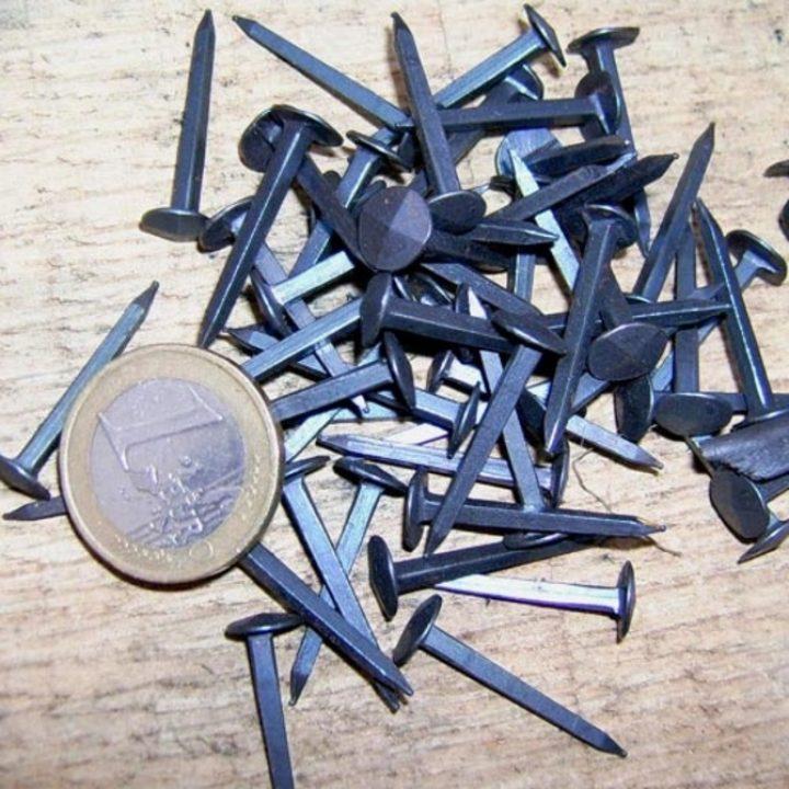 Middeleeuwse Spijker 25mm (10stuks)