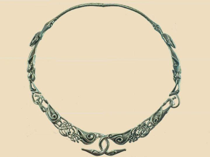 Keltischer Schwanenhalsring Silber