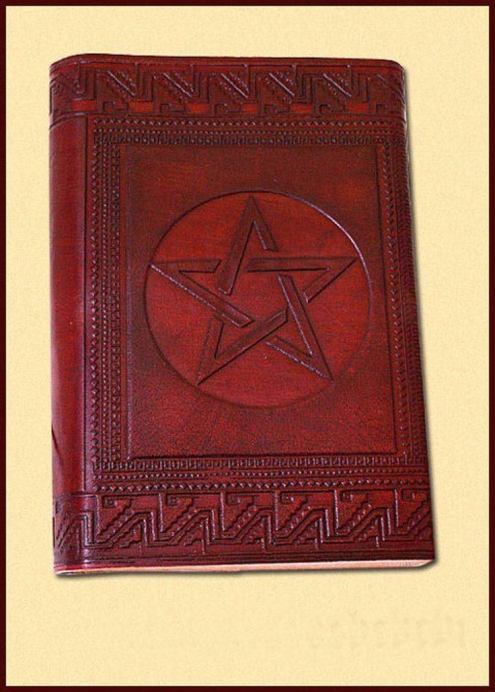 Lederen Boek met Pentagram