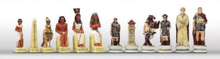 Romeinen tegen Egyptenaren Schaakstukken
