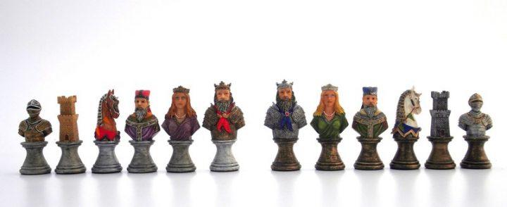 Mittelalterlichen Schachfiguren IF-R71654