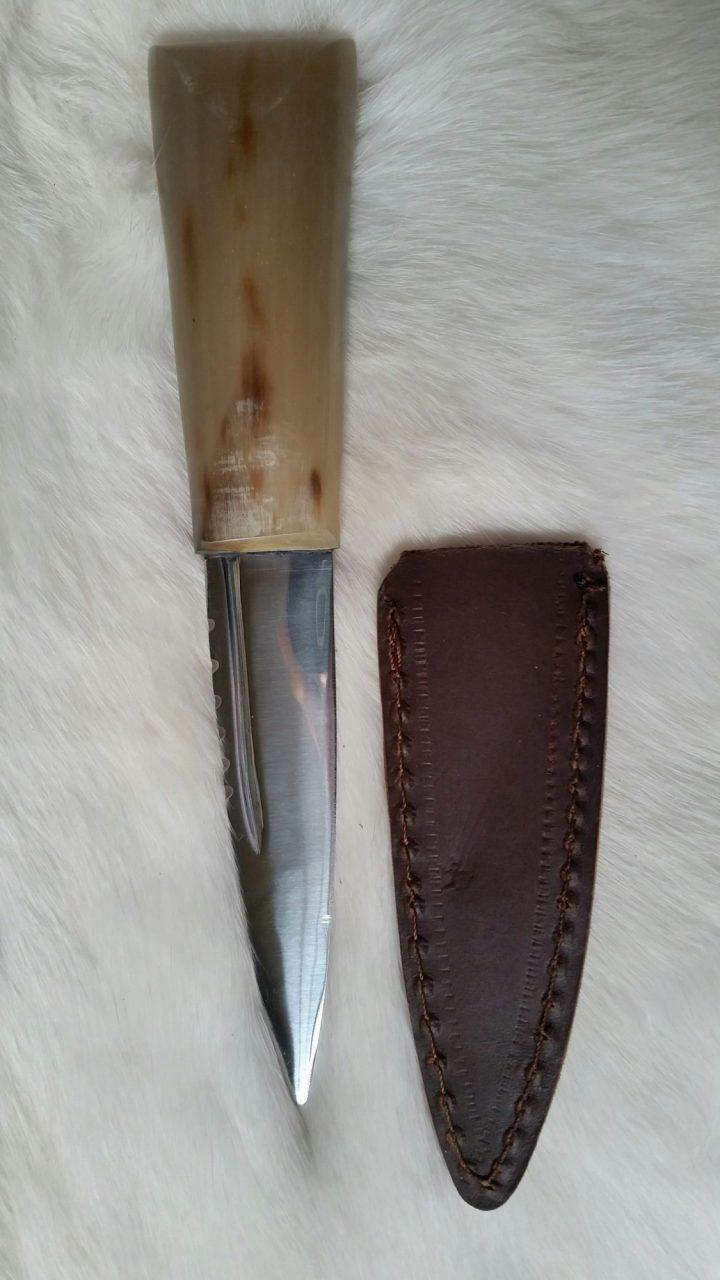 Horn Messer mit Scheide