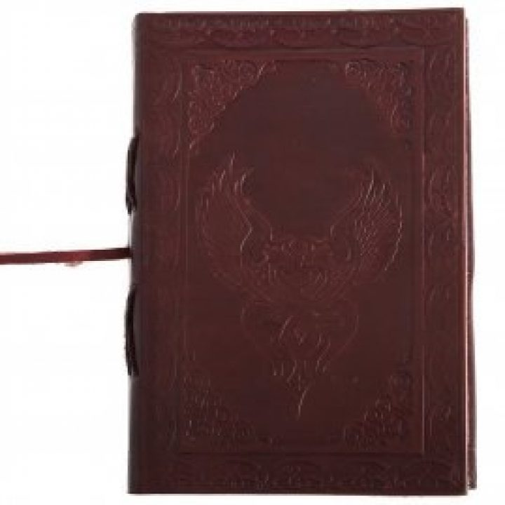 Lederbuch mit Keltischem Geflügeltem Herz