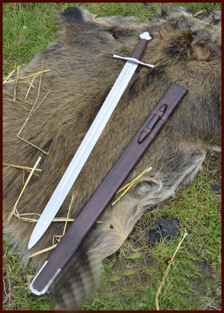 Kreuzritterschwert mit Achteckknauf, 13. Jh., inkl. Lederscheide