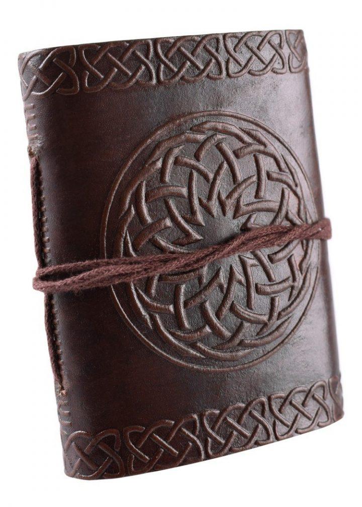 Leder Buch mit Keltischen Emblem