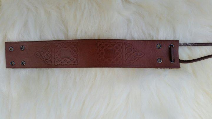 Keltische Lederen Polsband Bruin