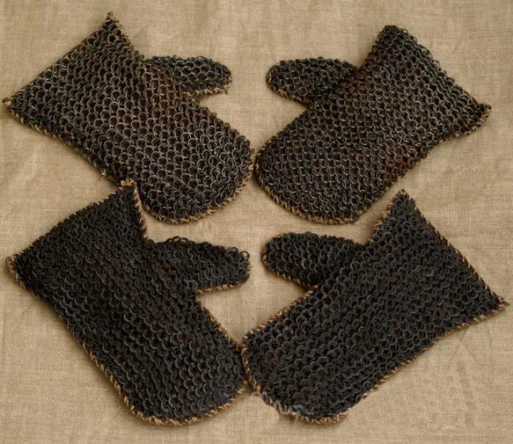 Viking Lederen Gevechtshandschoenen met geklonken ringen Malien