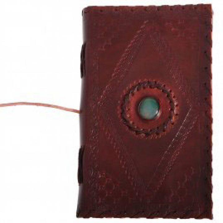 Mittelalter ledergebundenes Tagebuch mit Stein