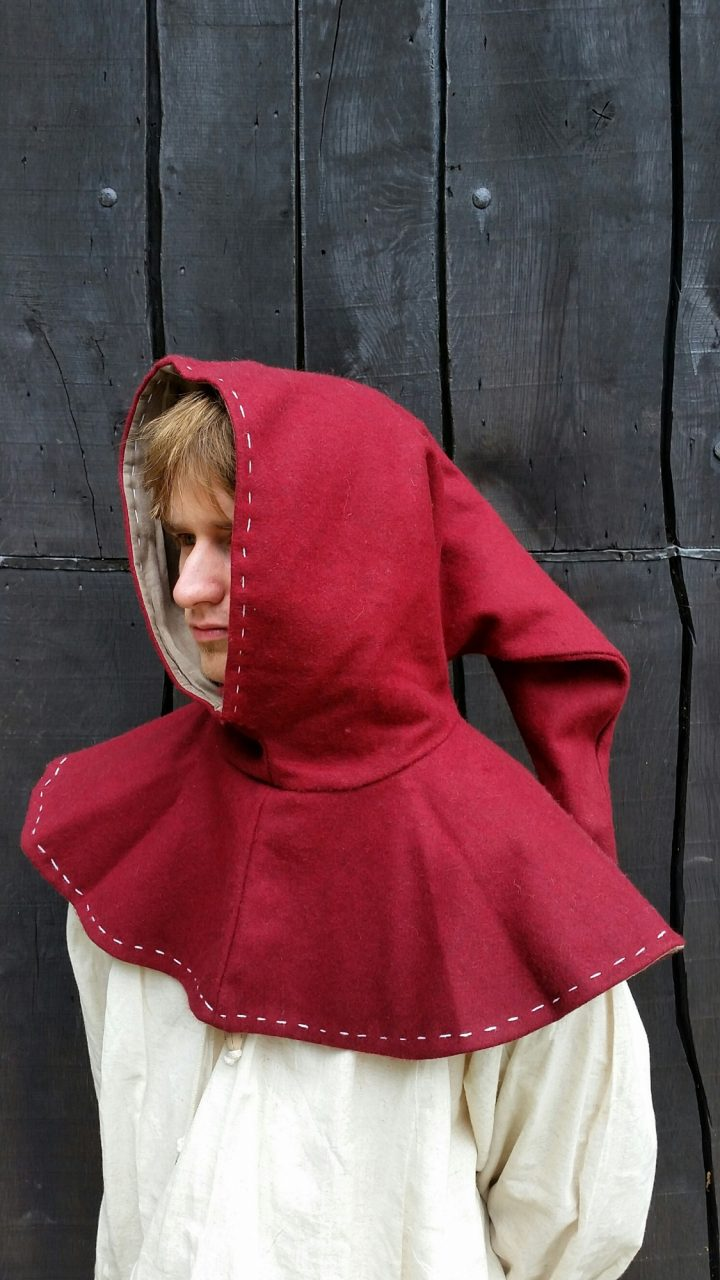 Middeleeuwse Kaproen Rood