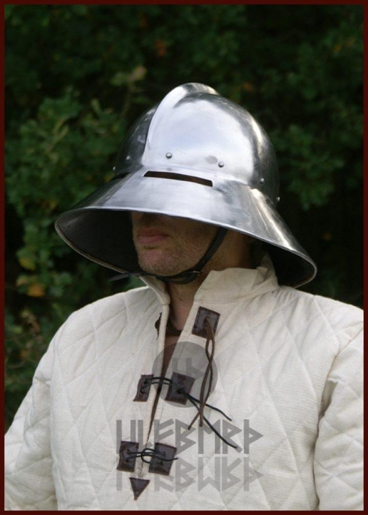 Monnikskap Helm 1450 in M en L