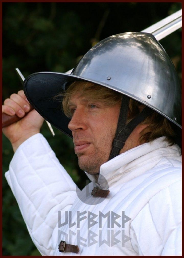 Monnikskap Helm Zwitserland 14e eeuws in S,M,L