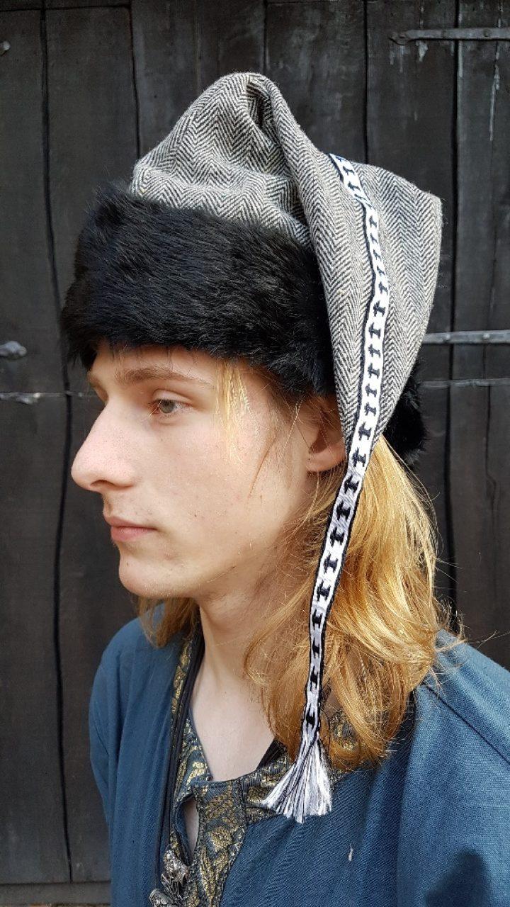 Viking - Rusviking Muts met Konijnenbont maat 60