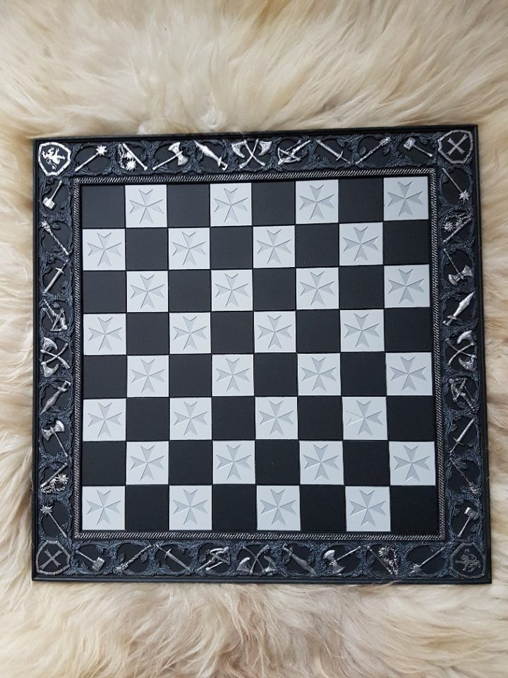 Schaakbord Kruisvaarders schaakstukken