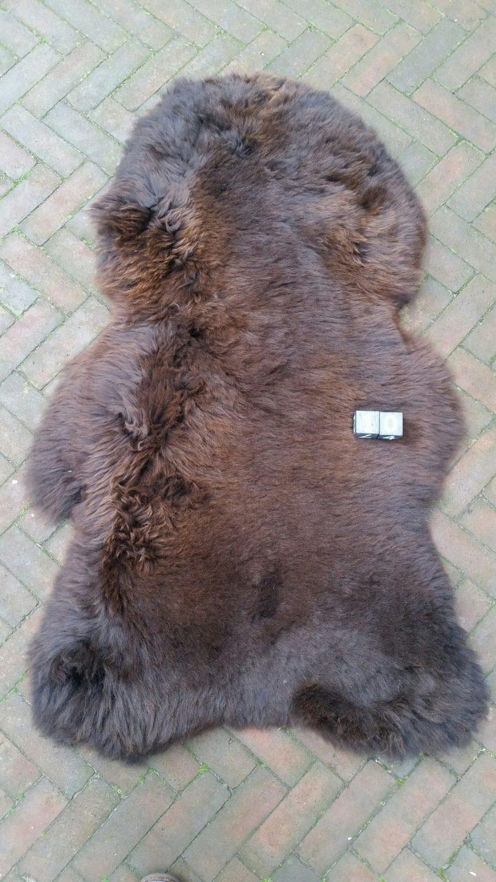 Schapenvacht Bruin +/- 120 x 75 cm