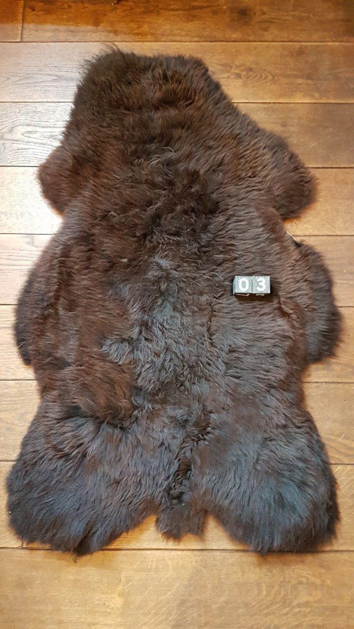 Schafsfelle Braun +/- 120 x 70 cm
