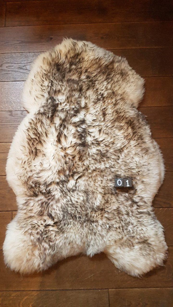 Schapenvacht Mouflon XXL +/- 125 x 80 cm