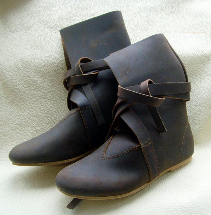 Haithabu-Stiefel aus glattem Nubukleder