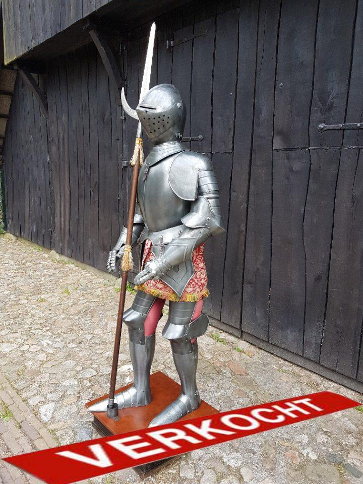 Mittelalter Ritter Rustung von Marto ca. 50 jahre alt mit Halberd