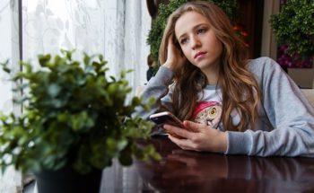 Depressie bij jongeren: praten met leeftijdsgenoten is niet altijd een goed idee