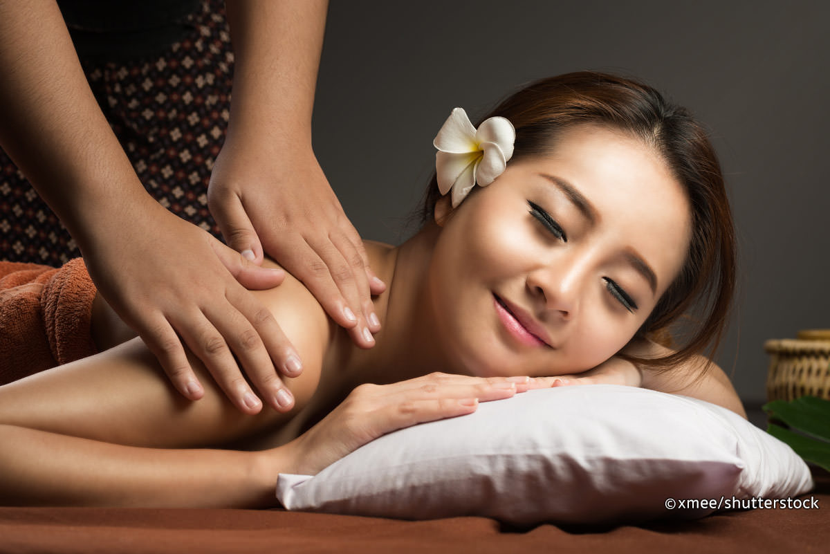 21 health benefits of thai massage #1 relaxing treatments - dr heben