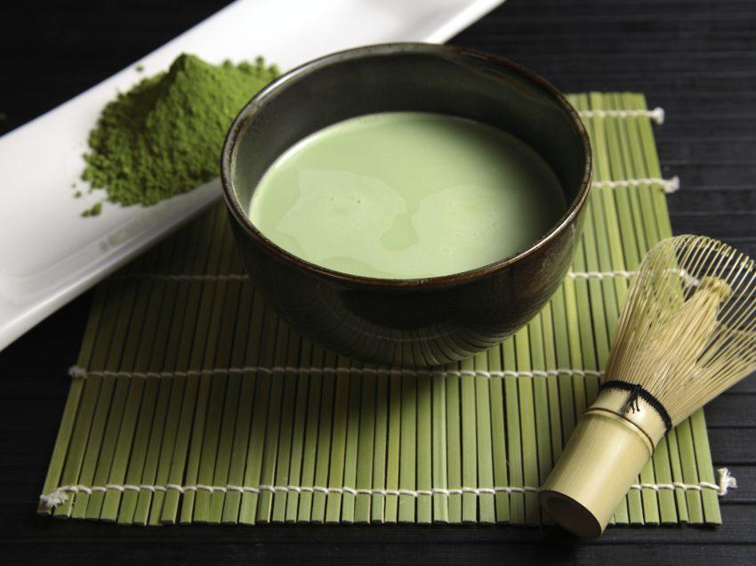 20 Scientific Health Benefits of Japanese Green Tea (Top #1 Antioxidant Source)