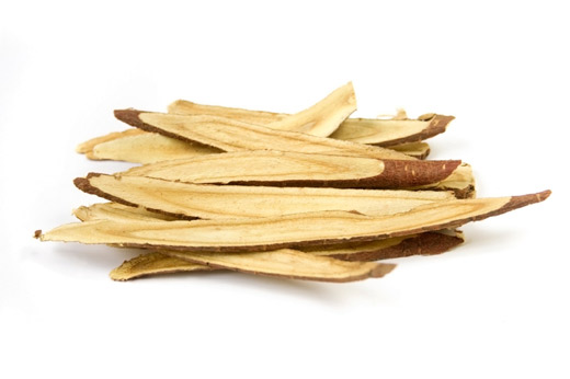 15 Health Benefits of Astragalus Root (#1 Faster Healing)