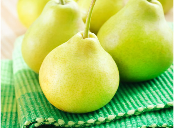 32 Health Benefits of Pears During Pregnancy