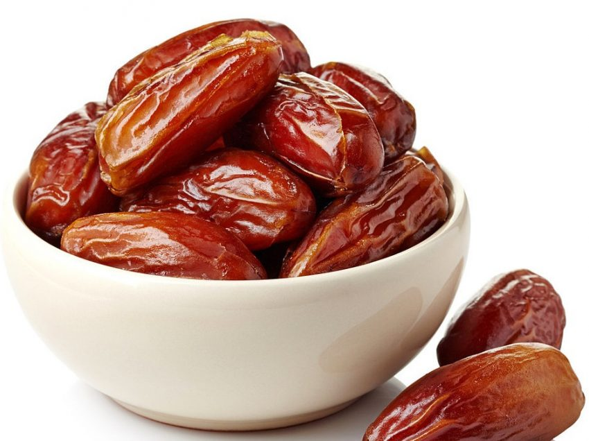 12 Excellent Health Benefits of Dates for Weight Loss