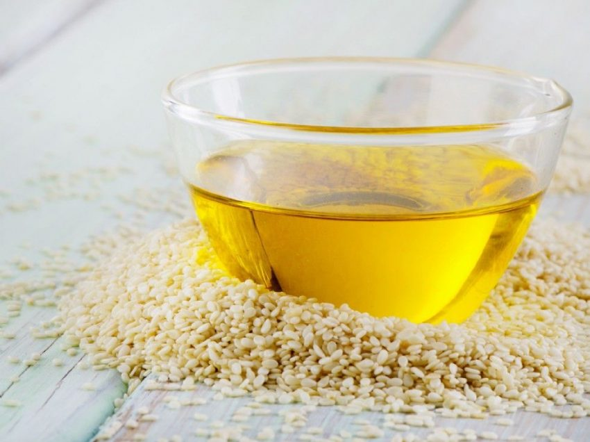 5 Health Benefits of Sesame Oil for Bath for Healthier Skin