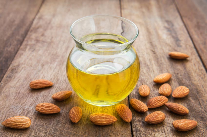 12 Health Benefits of Almond Oil For Hair and How to Use it