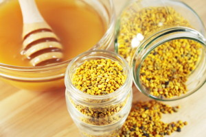 10 Unknown Health Benefits of Bee Pollen with Royal Jelly