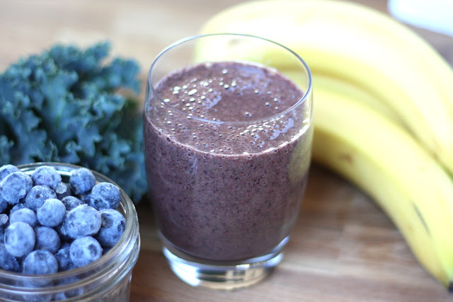 9 Best Benefits of Berry and Banana Smoothie
