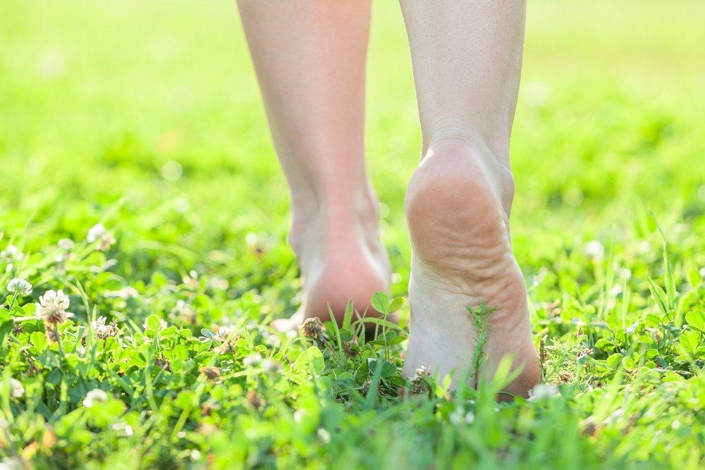 grounding walking barefoot