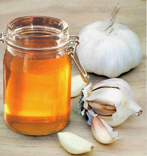 10 Benefits of Honey and Garlic Will Make You Shock!