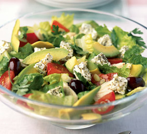 15 Super Health Benefits of Eating Salad Every Day for a Month