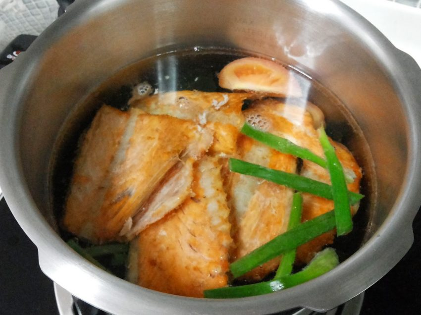 11 Health Benefits Of Fish Bone Soup You Never Know Before