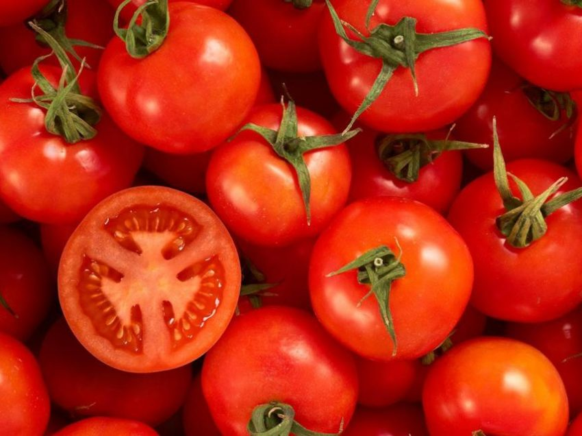 15 Powerful Benefits of Tomatoes for Eyes Health